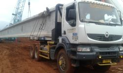 CHAS Activity On Site Loading Girder 20170529 164916